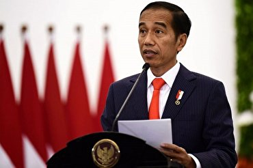 Indonesia President Warns Not to Rush Coronavirus Vaccines amid Halal Concern